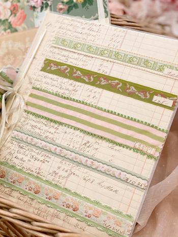 Graceful Green Vintage Ribbon Card